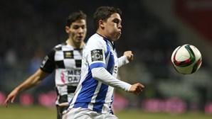 Quintero emprestado pelo FC Porto ao Rennes