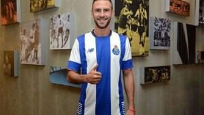 Miguel Layún confirmado no FC Porto