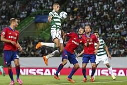 Slimani fechou o marcador com o segundo golo do Sporting