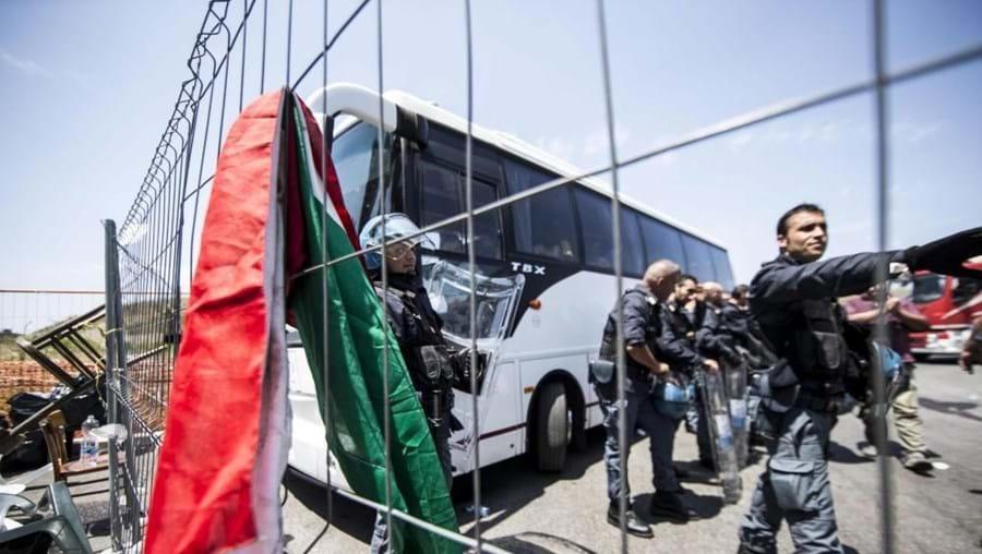 A polícia italiana deteve cinco presumíveis traficantes de seres humanos