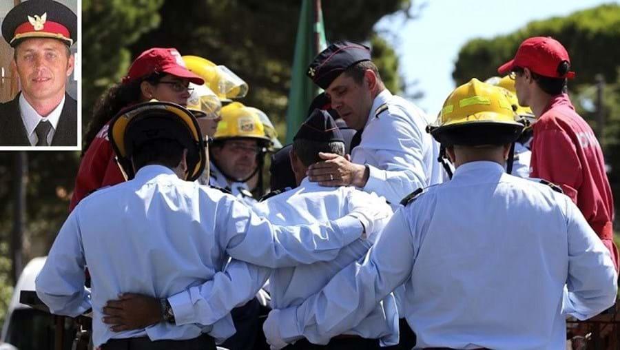 José Moreira (foto pequena) morreu quarta-feira num despiste quando ia a caminho de um incêndio