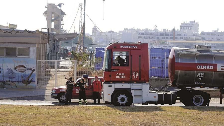 Na fuga de amoníaco em Olhão, a situação acabou por ser controlada pelos bombeiros