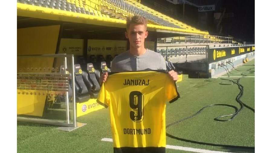 Januzaj fez a formação no Anderlecht