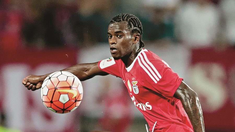 Nélson Semedo tem 21 anos e chegou ao Benfica em 2012