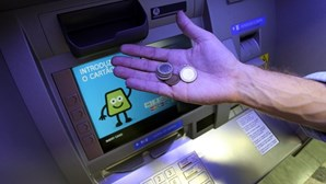 Multibanco vai dar moedas