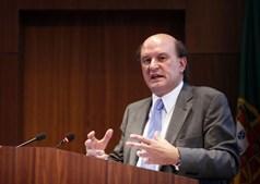 Leal da Costa defende uma reflexão sobre a forma como são designados os responsáveis das entidades