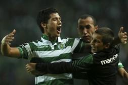 Fredy Montero celebra o único golo da partida que deu a vitória aos leões frente ao Nacional da Madeira