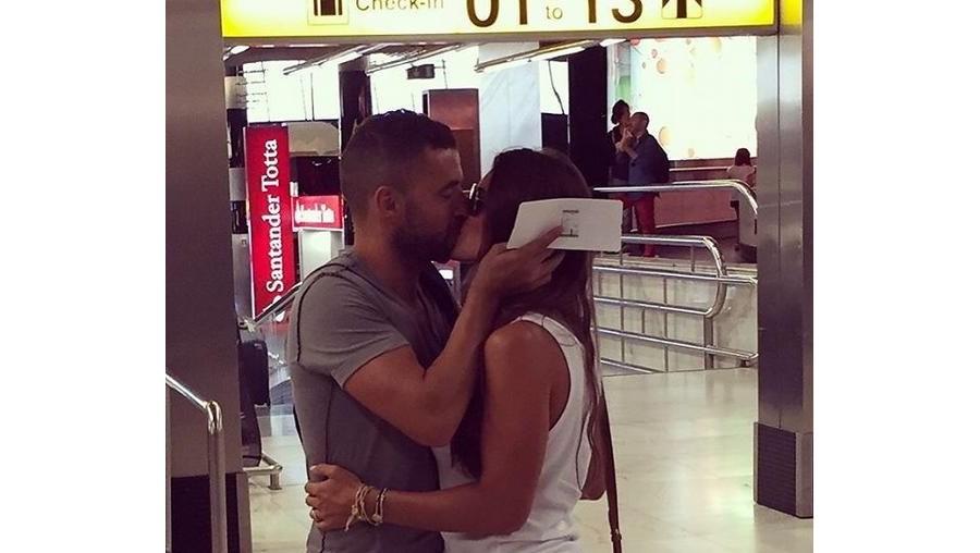 Simão Sabrosa vai para a Índia e a namorada, Vanessa Rebelo, fica em Portugal