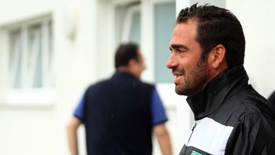 O treinador português Bruno Ribeiro tem 39 anos