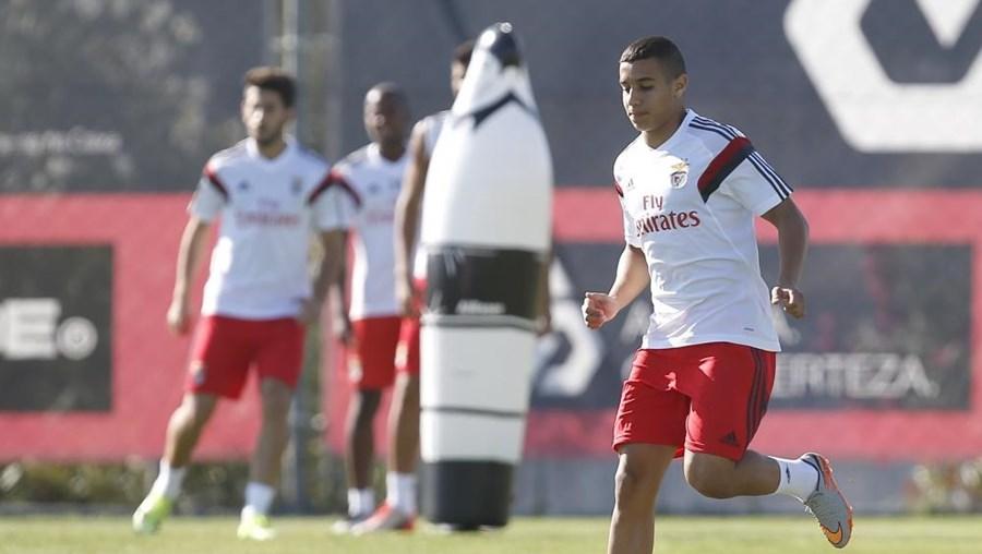 Bilal Ould-Chikh tem treinado com a equipa principal