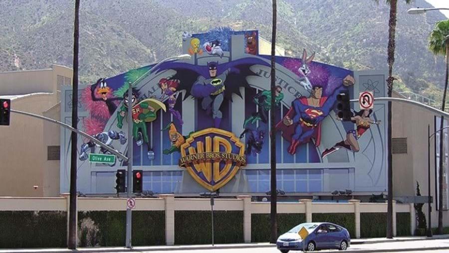 Estúdios da Warner Bros. apostam no cinema asiático