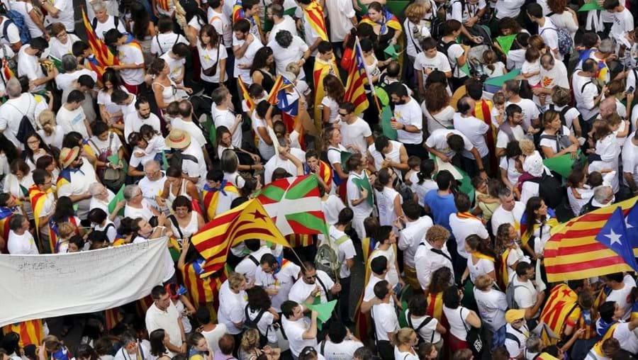 Esta sondagem foi realizada pelo jornal catalão La Vanguardia