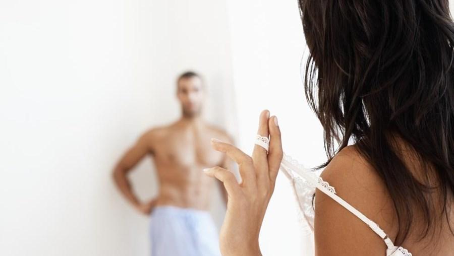 A maioria das pessoas que teve um ataque de coração pode retomar a atividade sexual