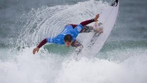 Tiago Pires eliminado do circuito mundial de surf