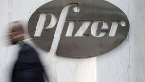 Pfizer já trabalha na vacina em pó para derrotar a Covid-19