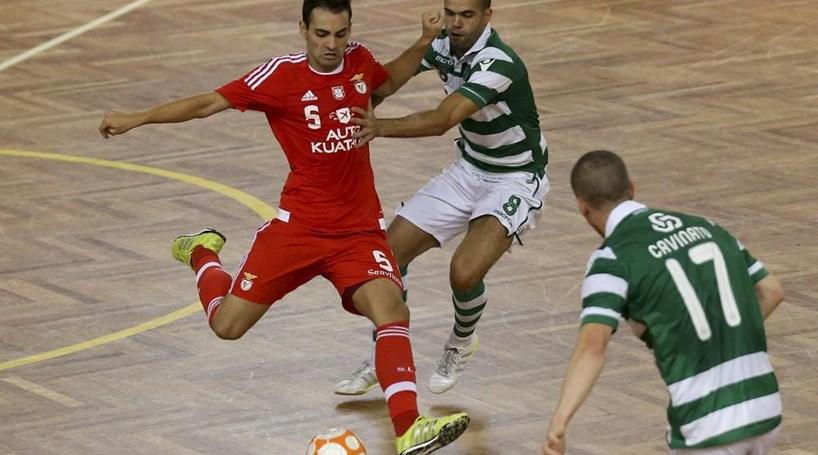 Futsal  Benfica vence Sporting - Modalidades - Correio da Manhã 2c6e68dc05293