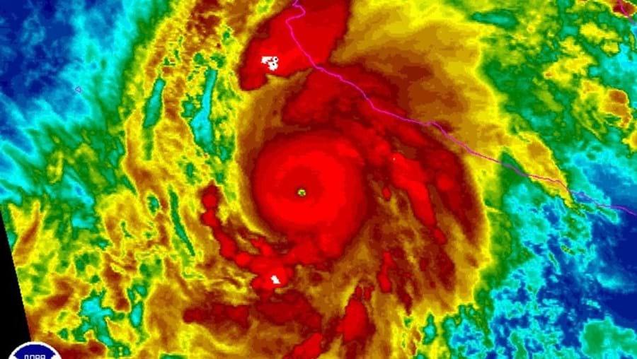 """O furacão """"Patricia"""" já chegou ao México"""