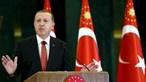 Turquia e EUA defendem redução da tensão após abate de avião militar russo