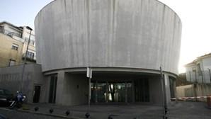 Sede do PS Porto vandalizada