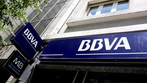 Juiz impõe pagamento de 300 mil euros para ex-responsável do BBVA ficar em liberdade
