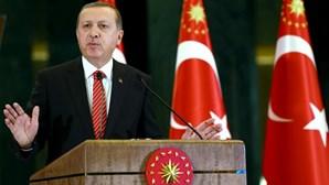 """Erdogan: Turquia tem direito a """"defender as suas fronteiras"""""""