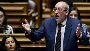 """PCP acusa PSD e CDS de terem propagado """"grande embuste"""""""