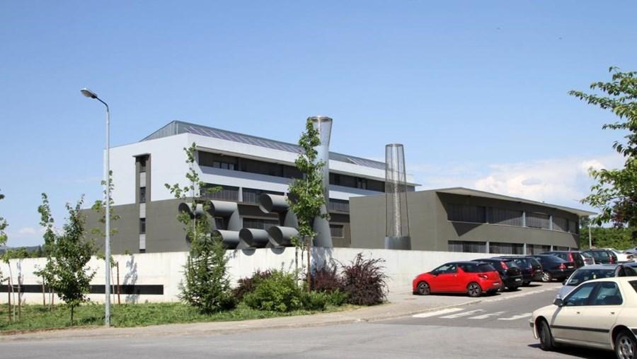 Fachada do edifício da Universidade de Trás-os-Montes e Alto Douro