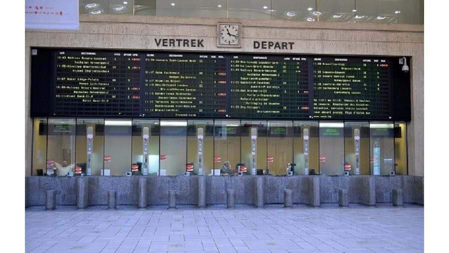 O tráfego na linha de alta velocidade entre Bruxelas e Lille foi interrompido