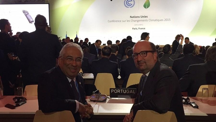 António Costa e João Pedro Matos Fernandes na Cimeira do Clima em Paris