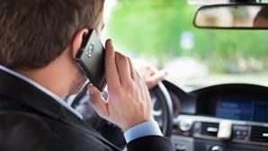"""""""Phone Off - A conduzir não uses o telemóvel"""": GNR e PSP arrancam com campanha de fiscalização"""
