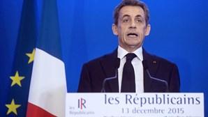Sarkozy adverte políticos para não esquecerem primeira volta