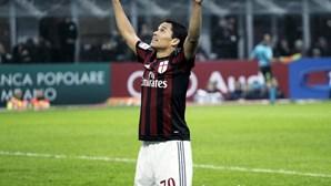 AC Milan reduzido a dez consente empate com último