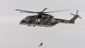Turista espanhola resgatada por helicóptero após queda de 10 metros de altura no rio Poio em Vila Real