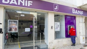 Partidos reagem à venda do Banif