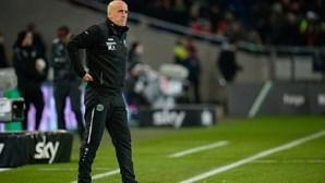Treinador do Hannover apresenta a demissão