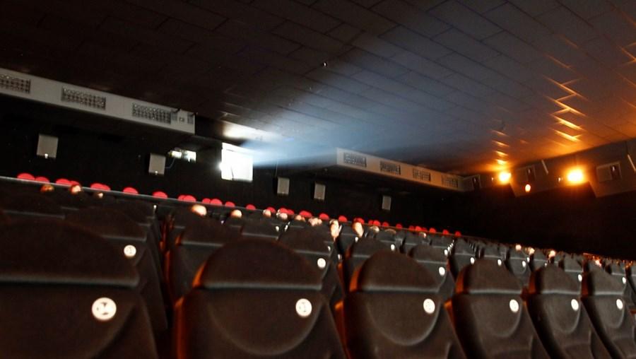 No conjunto, existem cerca de 6.200 cinemas nas cidades chinesas