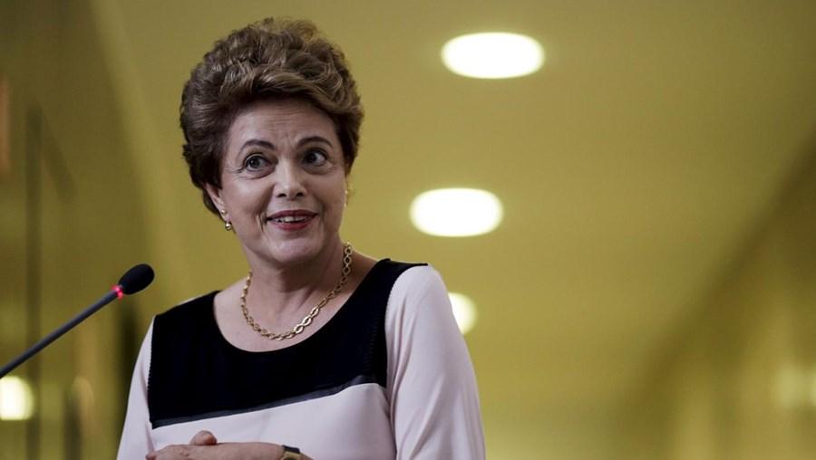 Tribunal suspendeu o processo de destituição de Dilma Rousseff até 16 de dezembro