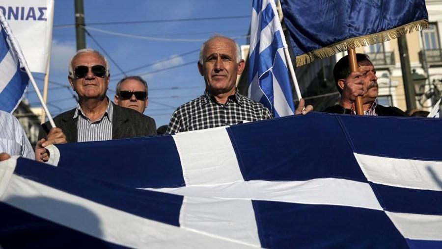 A Grécia anunciou ter alcançado um acordo para receber outra tranche de mil milhões de euros