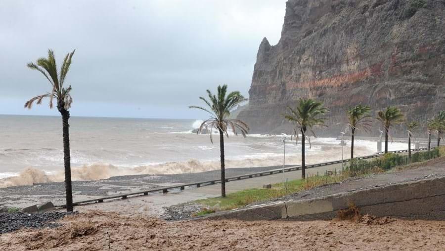 O arquipélago da Madeira estará sob aviso meteorológico amarelo a partir das 06h00 de domingo