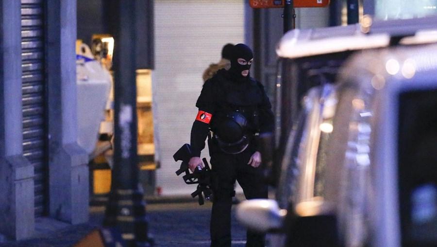 Polícia patrulhou as ruas do centro de Bruxelas