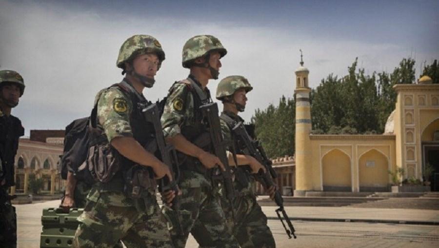 Xinjiang é frequentemente palco de conflitos entre a minoria étnica chinesa Uigur e a maioria Han