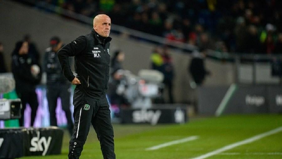 Michael Frontzeck apresentou a demissão dois dias depois da derrota em casa