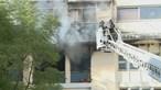 Inalação de fumo leva 16 ao hospital