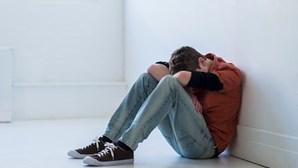 Luta por abusos entre menores