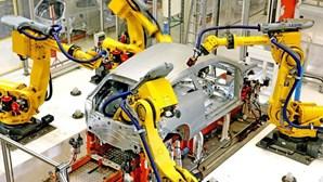 Produção automóvel nacional caiu 34,7% até julho