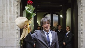 Puigdemont não jura fidelidade ao Rei nem à Constituição