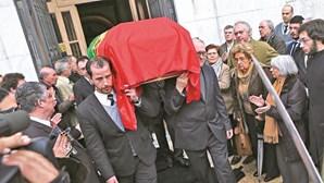 Último adeus a senador do PS