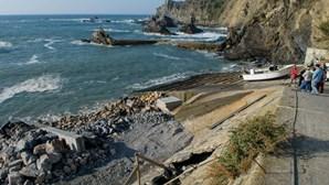 Obras na Azenha do Mar vão ser suspensas