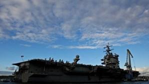 Navio de guerra dos EUA passa ao largo de ilhas Mar da China