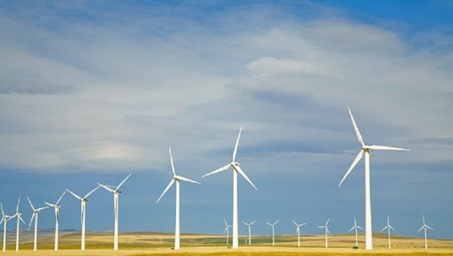 Produção eólica e hidráulica a não ultrapassarem 93% e 38% dos valores normais